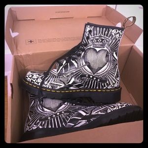 Limited edition Dr. Martens